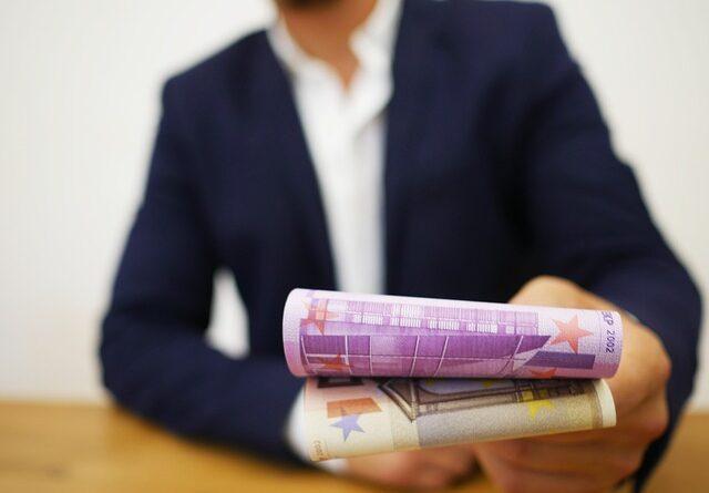 Chiedere soldi in prestito
