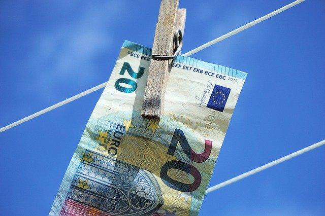 200 euro entro oggi